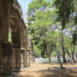 Reruntuhan Aqueduct di Phaselis Turki