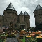 Ba Na Hills. Datang kesini awal Oktober, resort nya di hias dengan tema Halloween.